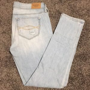 Abercrombie & Fitch, Skinny Ripped Jeans